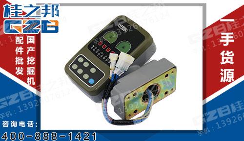 福田雷沃挖掘机显示屏 FR11-61A050000B0-001